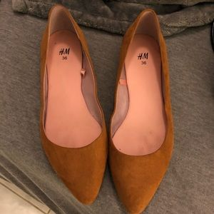 H&M mustard colored flats